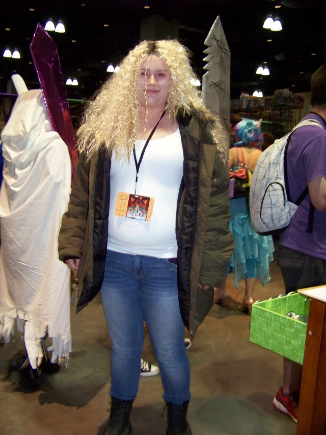 "The first ""Orphan Black"" cosplay I've ever seen. Why is this not more of a thing?"